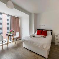 Central Liverpool studio for 2 guests!