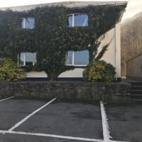 Lodge at Leenane Hotel