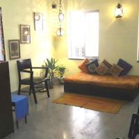 Heritage Property 1 A.C. Private Room @ New Alipur, Kolkata