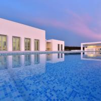 Secluded Luxury Villa with Pool, Gym and more