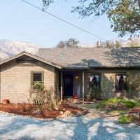 Sequoia Park Garden's Vacation Rental