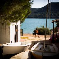 Booking.com: Hoteles en Cuevas Bajas. ¡Reserva tu hotel ahora!