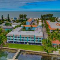 The Anna Maria Island Beach Palms 6B
