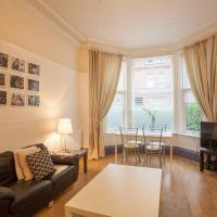 Stylish and Spacious 2 Bedroom Flat in Trendy Area