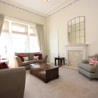 Stunning Glasgow West End Flat (3 bedrooms)