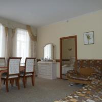 Aleksandriya Hotel