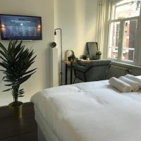 NEW! Cosy apartment next to dam square