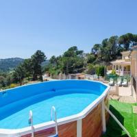 Caules Villa Sleeps 8 Pool