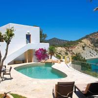 Cala Llonga Villa Sleeps 10 Pool Air Con WiFi