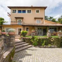 Rocca di Papa Villa Sleeps 13 Pool Air Con WiFi