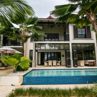 Romantic Eden Island Villa 40