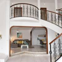 Mansion Almond - SEA, SUN and a charming refuge!