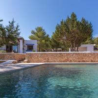 Cala Tarida Villa Sleeps 6 Pool Air Con WiFi