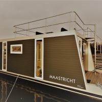 "Cozy floating boatlodge ""Maastricht""."