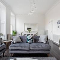 Luxury 4 bed Townhouse in Prestigious West End