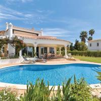 Benagil Villa Sleeps 8 Air Con WiFi