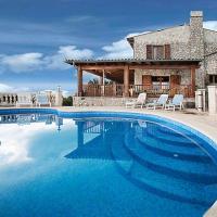 Son Serralta Villa Sleeps 10 Pool