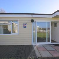 107 Sandown Bay Holiday Centre