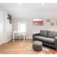 Delightful top-spec apt for up to 4 in York centre