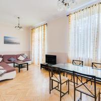 Cozy 3 rooms apartment near Kremlin & Patriarshiye Ponds