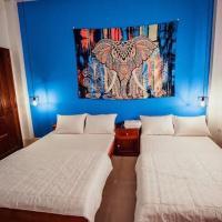 Khách sạn Huỳnh Thanh