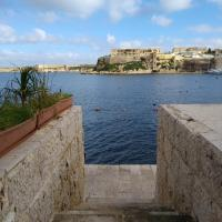 Sea Front Birgu Apartment