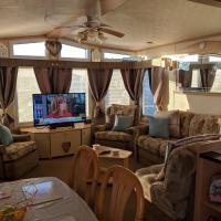 lynsey Coastfields caravan hire