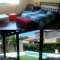 Habitación Doble en casa con Pileta