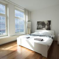 Haarlemmerstraat Bed and Breakfast next to Central Station