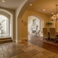 Brentwood Luxury