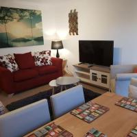 Chic Flat at Hairmyres Hospital & Train Station