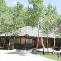 Mt. Columbia Chalet at Creekside Chalets