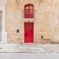 Central Valletta House of Character for 4