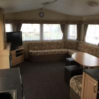 10 Berth 4 Bedroom Butlins Caravan