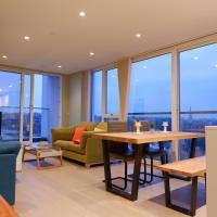 Deluxe Contemporary London City Living with a Terrace