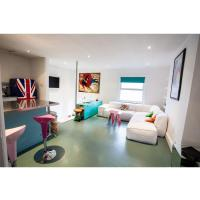 Quirky, comfy & colourful flat in Shepherd's Bush