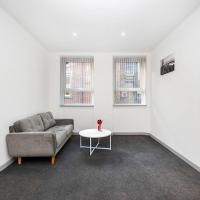 Modern and Stylish 1BR Flat by the Station