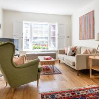 Baker Street Villa Sleeps 5 WiFi