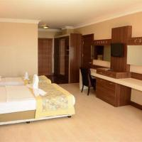 Tuana Hotel side