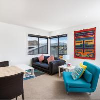 New, 1 brm apartment - Great view