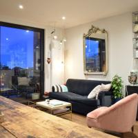 Contemporary 1 Bedroom Flat with Balcony in Hackney