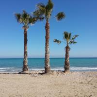 Apartamento en la playa con Piscina