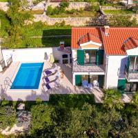 ctma135/ Villa with private pool in Makarska