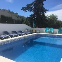 Booking.com: Hoteles en Los Romanes. ¡Reserva tu hotel ahora!