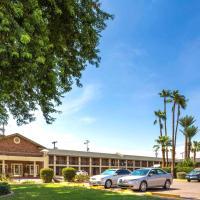 Howard Johnson by Wyndham Scottsdale Old Town