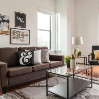 Chic Central Uptown Loft 1BR @ Shopping + Dining