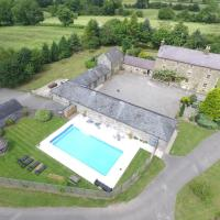 The Stables with Pool & Hot Tub