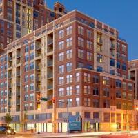 International Luxury Suites - Pentagon City