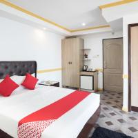 OYO 138 White Palace Hotel