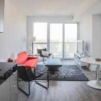 Modern 2 Bedroom Yonge and Eglinton Condo